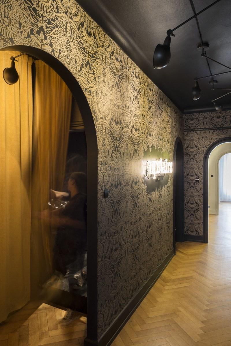 Upstairs amenagement d 39 un salon de coiffure ekarchitecte - Amenagement d un salon ...